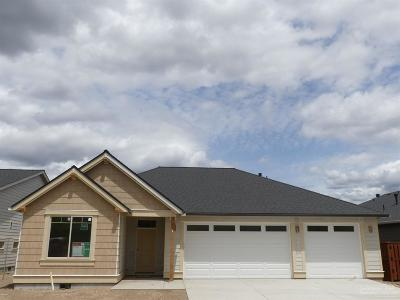 Prineville Single Family Home For Sale: 1327 Northeast Sunrise Street