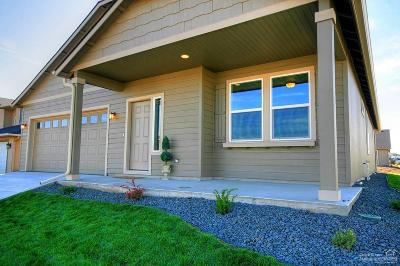 Redmond Single Family Home For Sale: Northwest 24th Way