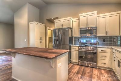Bend Single Family Home For Sale: 16907 Indio