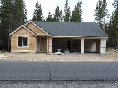 La Pine Single Family Home For Sale: 51827 Fordham Drive