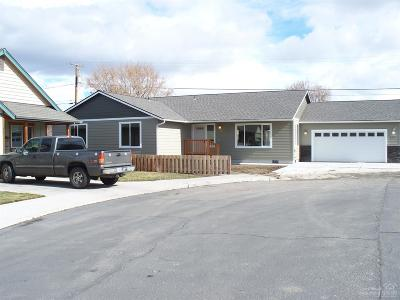 Prineville Single Family Home For Sale: 515 Southwest Fairway Court