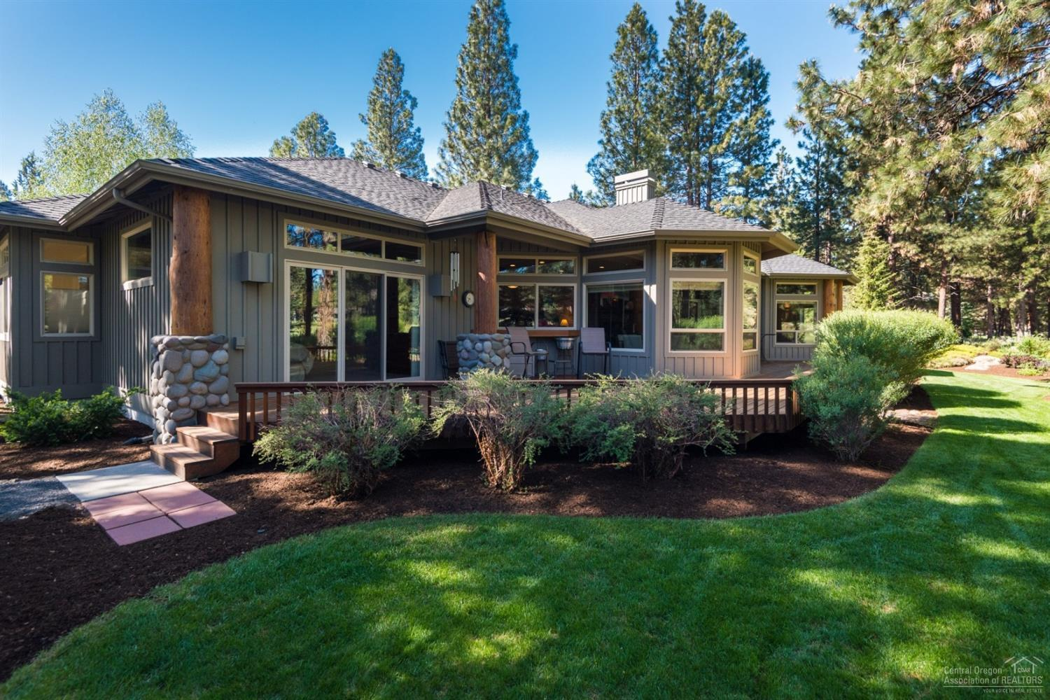 16960 Green Drake Court, Sisters, OR | MLS# 201801878 | Welcome to
