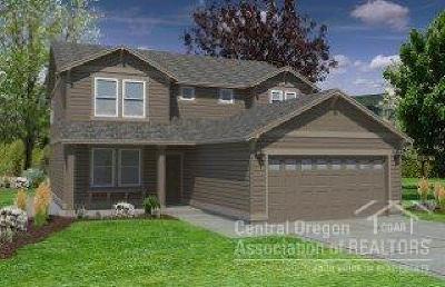 Redmond Single Family Home For Sale: 4411 Southwest Umatilla Avenue