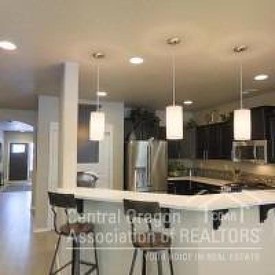 Redmond Single Family Home For Sale: 3667 Southwest Pumice Stone Avenue