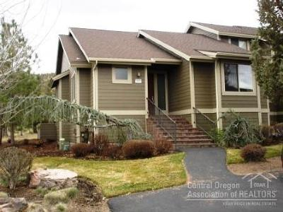 Redmond OR Condo/Townhouse For Sale: $270,000
