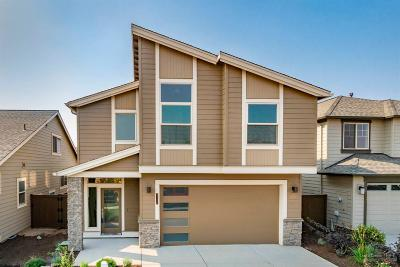 Redmond Single Family Home For Sale: 3730 Southwest Badger Court