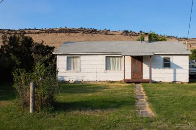 Prineville Single Family Home For Sale: 2617 SE Paulina Highway