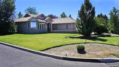 Redmond Single Family Home For Sale: 2352 Northwest Canyon Drive