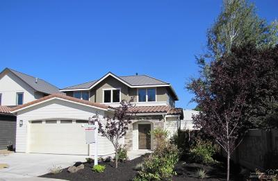 Bend Single Family Home For Sale: 63137 Northwest Via Cambria