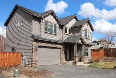 Redmond Single Family Home For Sale: 546 NW 28th Street