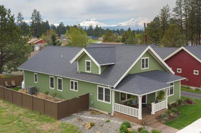 Sisters Single Family Home For Sale: 915 East Horse Back Trail