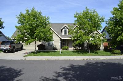 Redmond Single Family Home For Sale: 2455 Northwest 21st Street