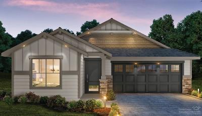 Single Family Home For Sale: 3166 Northeast Coho Street