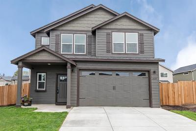 Bend Single Family Home For Sale: 21259 Waterford Court