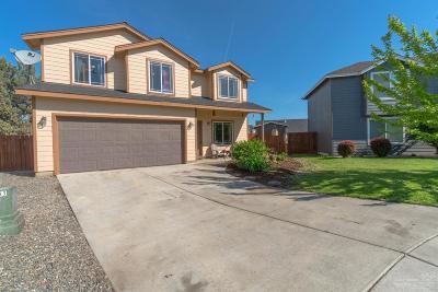 Redmond Single Family Home For Sale: 2171 Northwest Kilnwood Court