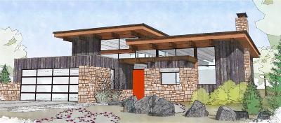 Sisters Single Family Home For Sale: 351 East Diamond Peak Avenue
