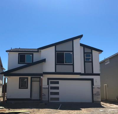 Bend Single Family Home For Sale: 20971 Northeast Legend Place