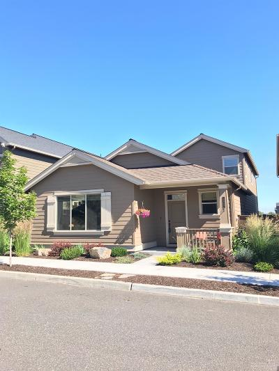 Redmond Single Family Home For Sale: 2855 Southwest Yew Park