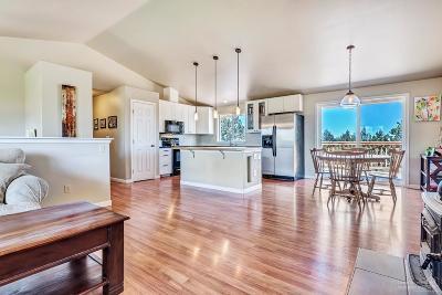 Bend Single Family Home For Sale: 21212 Limestone Avenue