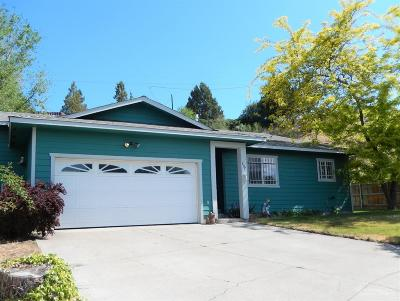 Prineville OR Single Family Home For Sale: $229,900
