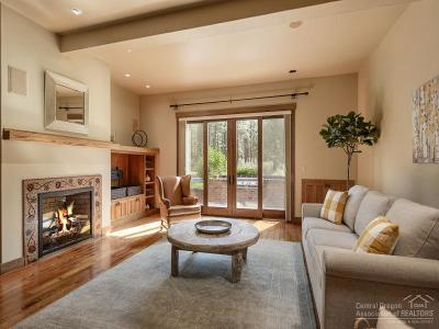 Bend Single Family Home For Sale: 2561 Northwest Crossing Drive