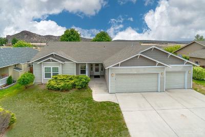 Prineville Single Family Home For Sale: 923 Northeast Stone Ridge Loop