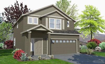 Redmond Single Family Home For Sale: 2436 Northwest Ivy Avenue