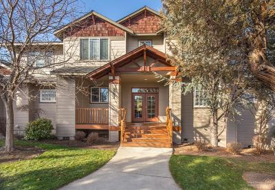 Redmond Condo/Townhouse For Sale: 887 Golden Pheasant Drive