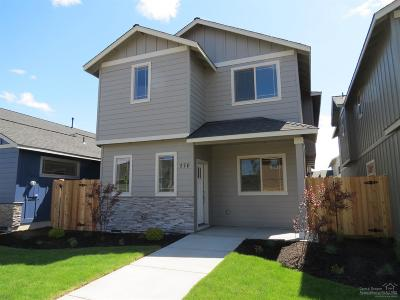 Redmond Single Family Home For Sale: 170 Northwest 30th Street