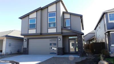 Redmond Single Family Home For Sale: 3690 Southwest Badger Court