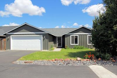 Single Family Home For Sale: 612 Southeast Ponderosa Drive