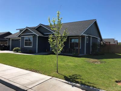 Redmond Single Family Home For Sale: 1192 Northwest Sprucewood Court