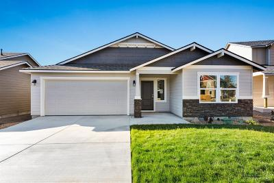 Bend Single Family Home For Sale: 2900 Northeast Rainier Drive