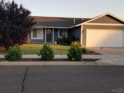 Prineville Single Family Home For Sale: 2223 Northeast Wolverine Loop