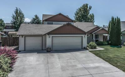 Redmond Single Family Home For Sale: 2056 Northwest 20th Court