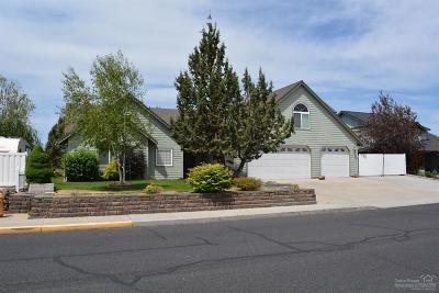 Redmond Single Family Home For Sale: 3018 Southwest Cascade Vista Drive