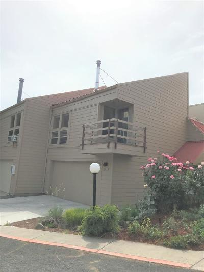 Bend OR Condo/Townhouse For Sale: $265,000