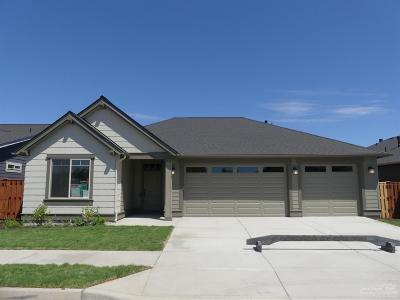 Prineville Single Family Home Contingent Bumpable: 1327 NE Sunrise Street