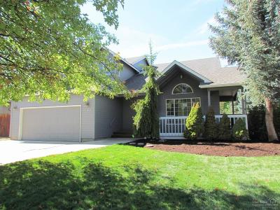Bend Single Family Home For Sale: 1061 Northeast Paula Drive