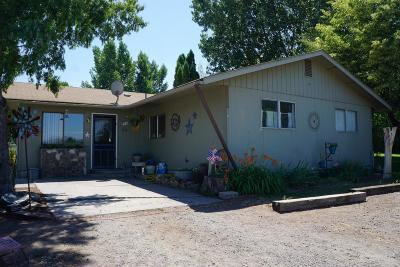 Prineville OR Single Family Home For Sale: $245,000