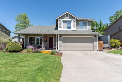 Redmond Single Family Home For Sale: 1637 NW Spruce Place