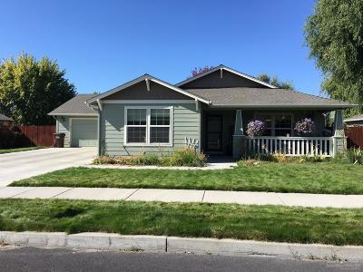 Prineville Single Family Home For Sale: 950 Northeast Stone Ridge Loop