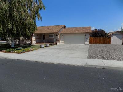 Prineville OR Single Family Home Contingent Bumpable: $244,900