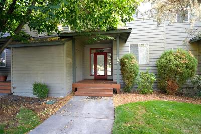 Redmond OR Condo/Townhouse For Sale: $217,000