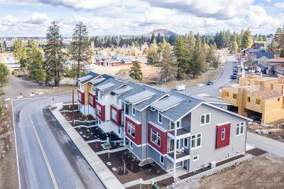 Bend Condo/Townhouse For Sale: 61570 Southwest Blakely Road