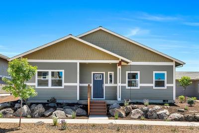 Redmond Single Family Home For Sale: 1708 Northwest Kingwood Avenue