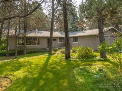 Single Family Home For Sale: 61292 Robin Hood Lane