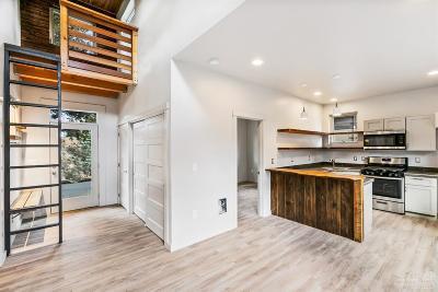 Bend Multi Family Home For Sale: 433 NE Dekalb Avenue