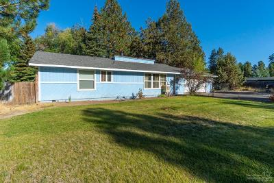 Single Family Home For Sale: 60796 Country Club Drive