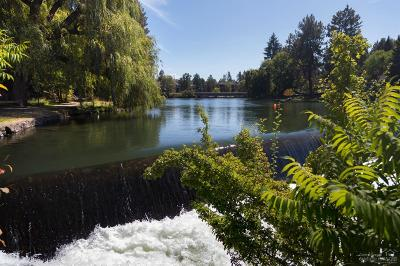Bend Condo/Townhouse For Sale: 1565 NW Wall Street #253